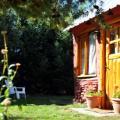 Alquilo Permanente en Lago Puelo, cabaña mono ambiente, gas natural y luz incluidos en el precio, contrato 2 años con un garante, ideal para persona sola. Tel 2944630110