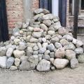 Piedra Bocha elegida 4m3 chica, mediana y grande $500.- A retirar en El Hoyo centro 154604797